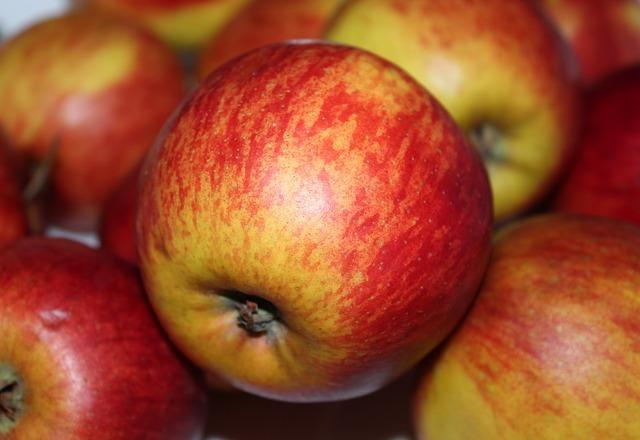 šťavnatá jablka